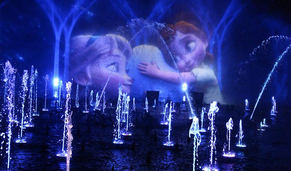 Disneyland celebra el cumpleaños número 88 de Mickey y te invita a compartir la magia