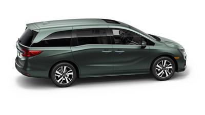 El completamente nuevo minivan Honda Odyssey 2018 hace su debut en NAIAS 2017; lleva a un nivel superior el diseño amigable para toda la familia, el desempeño y la tecnología