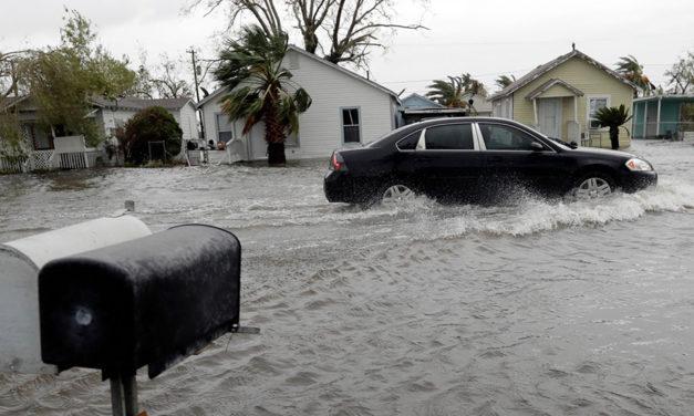 El presidente Donald Trump declara un desastre de gran magnitud en Texas