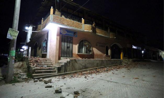 Sacude a México fuerte temblor