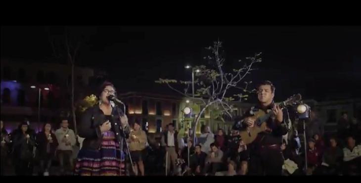 La Santa Cecilia culmina con broche de oro el lanzamiento de su álbum visual «Amar y Vivir» con «Amor Eterno» un homenaje póstumo a Juan Gabriel