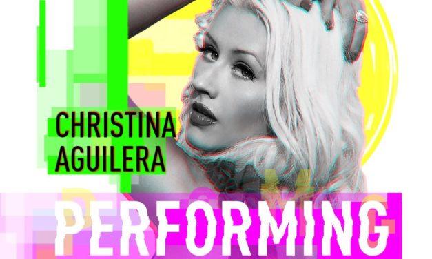 Christina Aguilera rendirá homenaje a Whitney Houston y a la película «El Guardaespaldas», que cumple su 25 aniversario, con la presentación especial en los «2017 American Music Awards»
