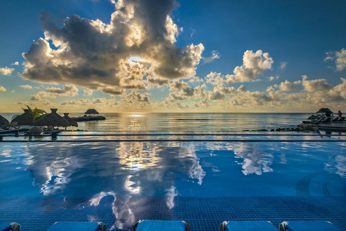 """Hotel Marina El Cid Spa & Beach Resort en Riviera Maya y El Cid Castilla Hotel de Playa en Mazatlán son distinguidos con el premio """"Quality Assurance 2017"""" por su excelente calidad"""