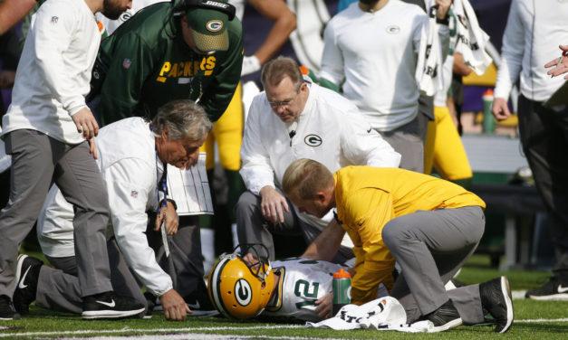 Aaron Rodgers se lesiona y dice adiós a la temporada