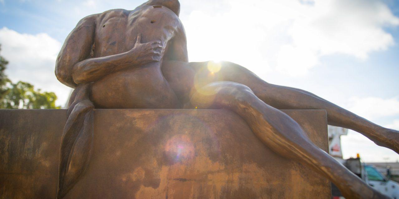 Santa Ana revela la exhibición pública de arte «Alas de la ciudad» el 27 de octubre