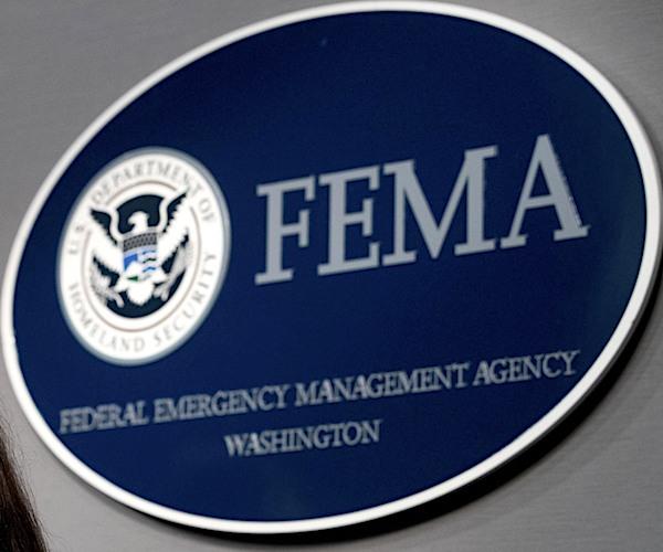 FEMA Está Contratando Ciudadanos Locales Para Ayudar En La Recuperación Tras el Huracán