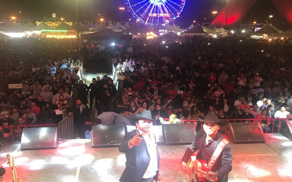 Julión Álvarez rompe récord de asistencia en la Feria de Ciudad Juárez