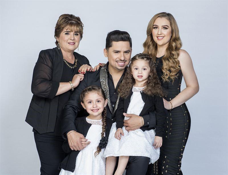 El rey del reality, Larry Hernández regresa en la nueva temporada de «Larrymanía» el domingo 5 de noviembre