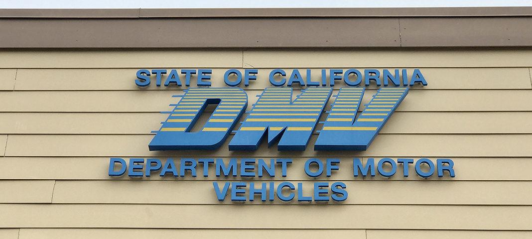 El DMV ofrece asistencia a las personas afectadas por los incendios Canyon