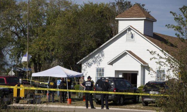 El sospechoso del tiroteo en Texas que dejó 26 muertos había enviado a su suegra mensajes con amenazas