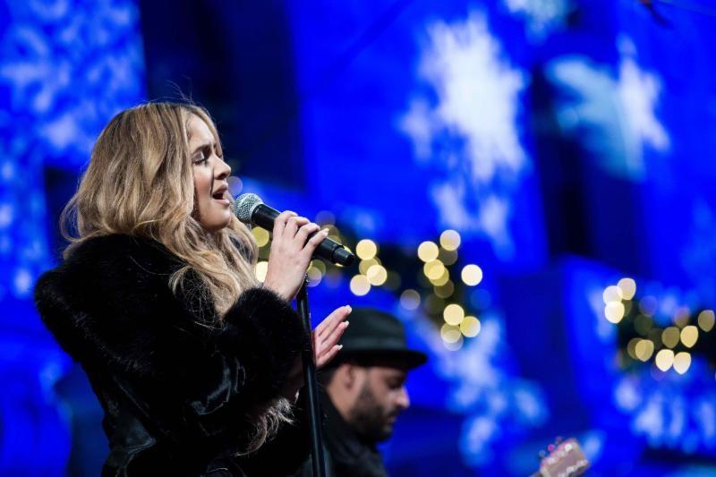karen Rodríguez Participó en la 94va Ceremonia de Iluminación del Árbol de Navidad de la Bolsa de Valores de Nueva York