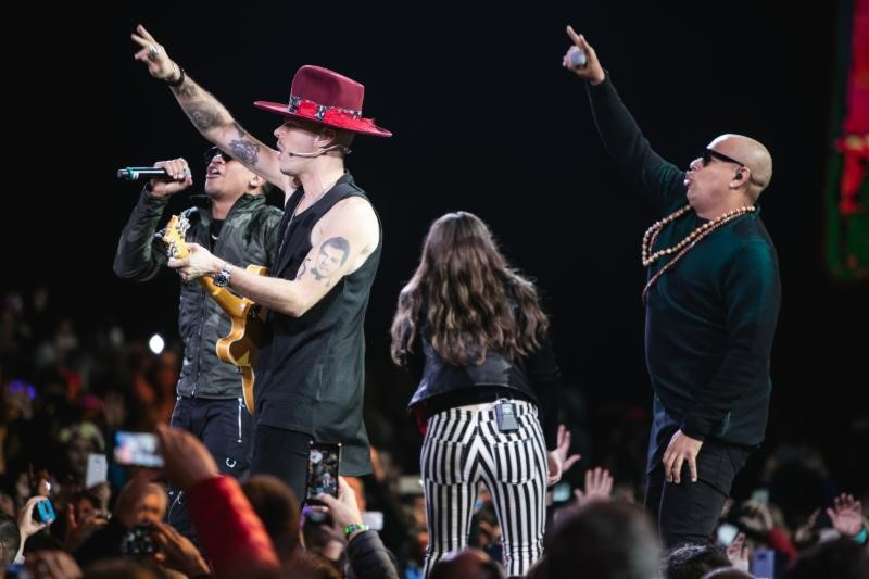 Jesse y Joy regresaron al Festival Internacional de la Canción de Viña del Mar con un concierto Sold Out y recibieron la máxima distinción del evento