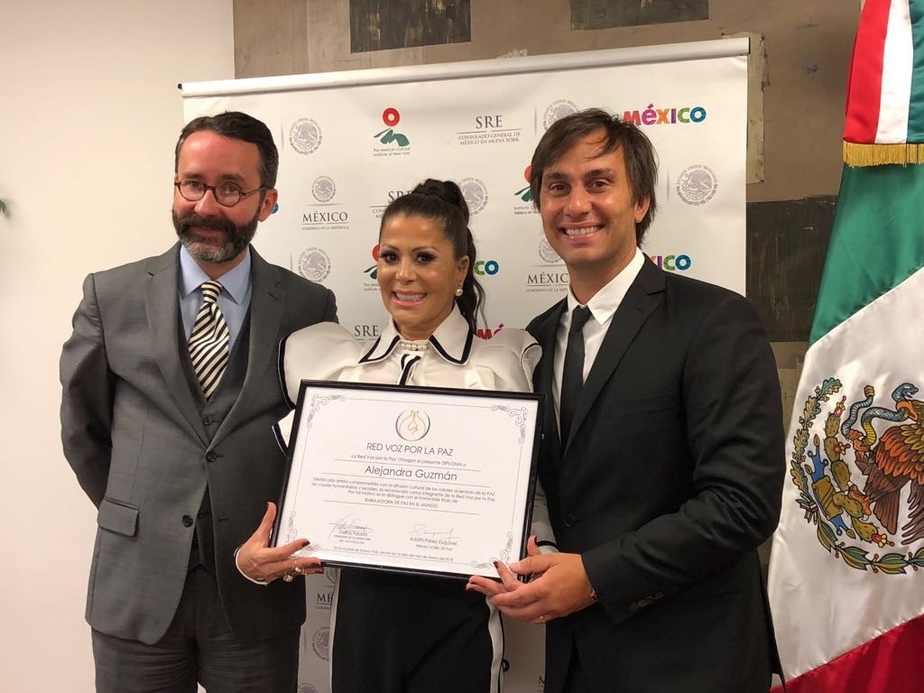 Alejandra Guzmán deslumbra a Nueva York con Presentación en el Radio City Music Hall