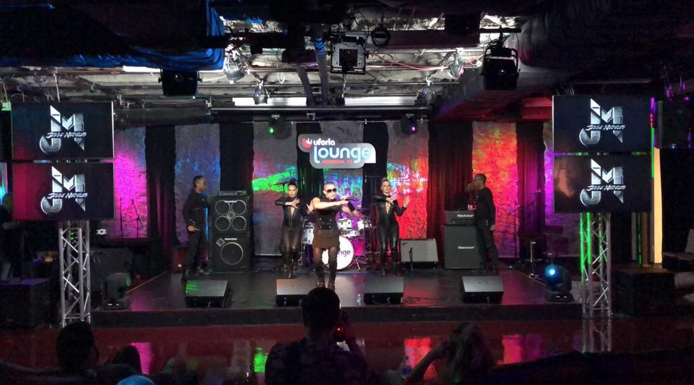 Jesse Medeles impresionó en Houston durante el Uforia Lounge Showcase