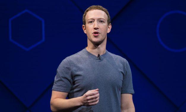 Zuckerberg se disculpa con británicos por filtración en Facebook