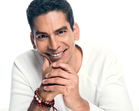Ismael Cala estrena nuevo podcast dMENTE Positivo