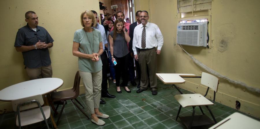 La secretaria DeVos anuncia nuevos fondos para escuelas y estudiantes afectados por los huracanes