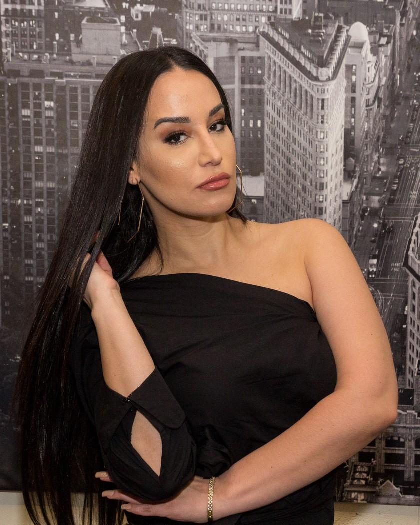 Victoria 'La Mala' en exclusiva con Miniondas