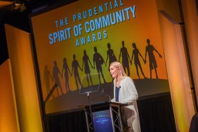 Nombran a los 10 principales voluntarios juveniles de los Estados Unidos de 2018 en los 23ros premios anuales Espíritu de Comunidad de Prudential