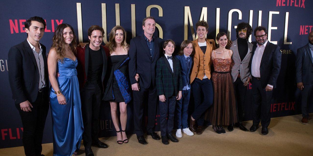 Celebran la premiere de 'Luis Miguel: la serie'