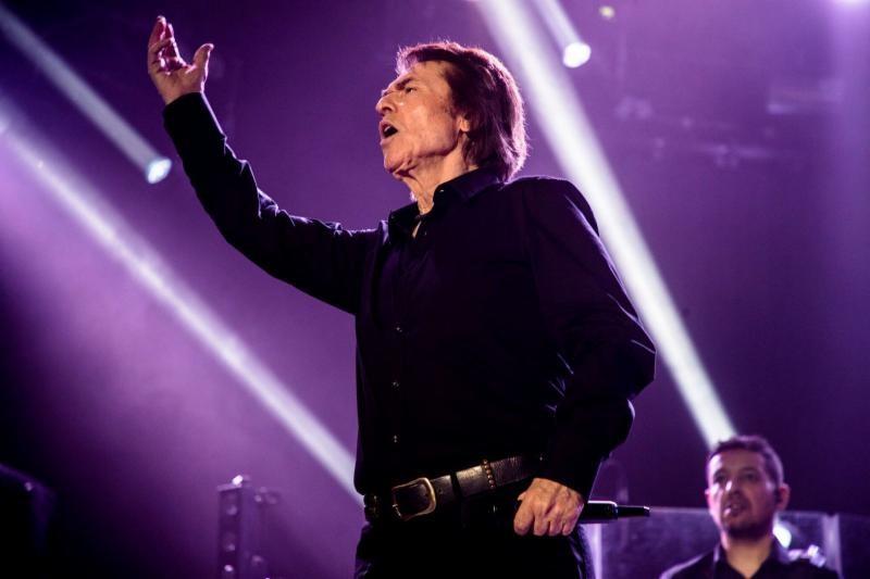 Raphael finalizó con gran éxito su visita a los Estados Unidos en el marco de la gira «Loco por Cantar»