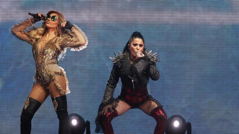 El 'Versus World Tour' de Gloria Trevi y Alejandra Guzmán le dijo adiós al mundo desde Los Ángeles ante un Hollywood Bowl completamente lleno