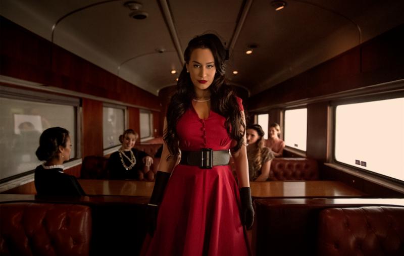 Victoria 'La Mala' presenta video inspirado en los años 40 para su nuevo sencillo «Merezco Mucho Más»