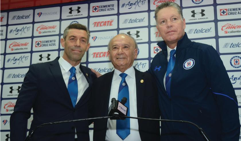 Presentan a Ricardo Peláez como Director deportivo del Cruz Azul