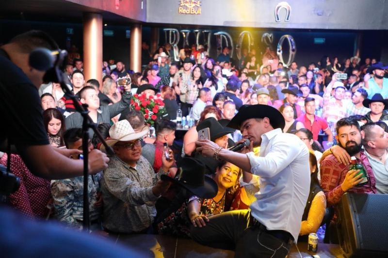 Kanales se presenta en el cierre de la Feria de San Marcos con gran éxito