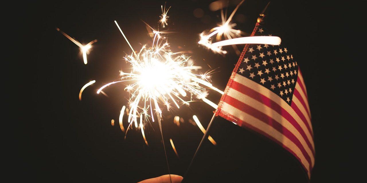 10 consejos de USAGov para el uso de fuegos artificiales este Cuatro de Julio