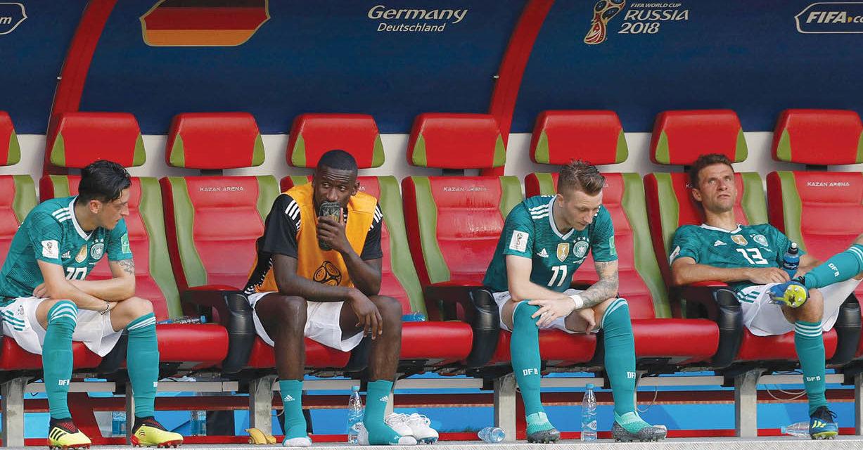 La maldición, persigue a Alemania