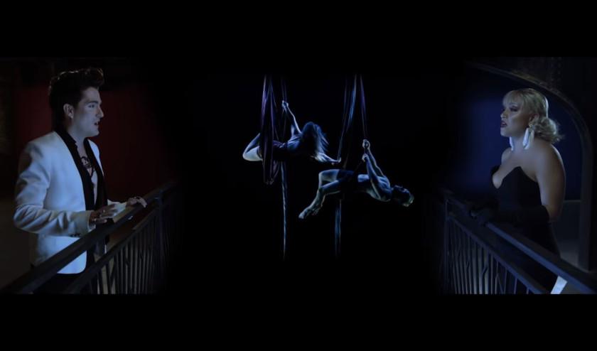 Mitre estrena un romántico y elegante video para su nuevo sencillo «El callejón del Beso»