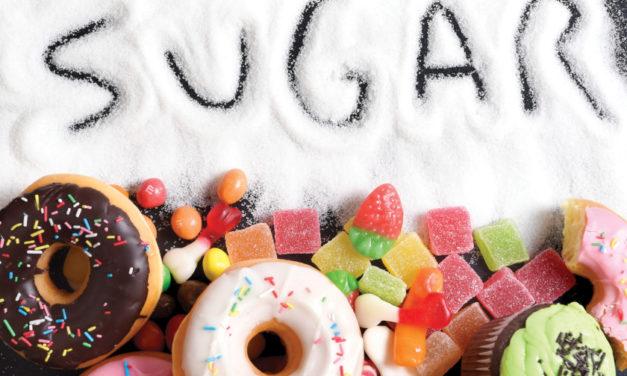 Consumir en exceso alimentos con una gran cantidad de azúcar o grasa no solo resta vitalidad sino que perjudica la salud