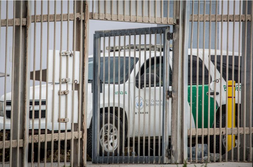EU envía barreras de seguridad a la frontera con México