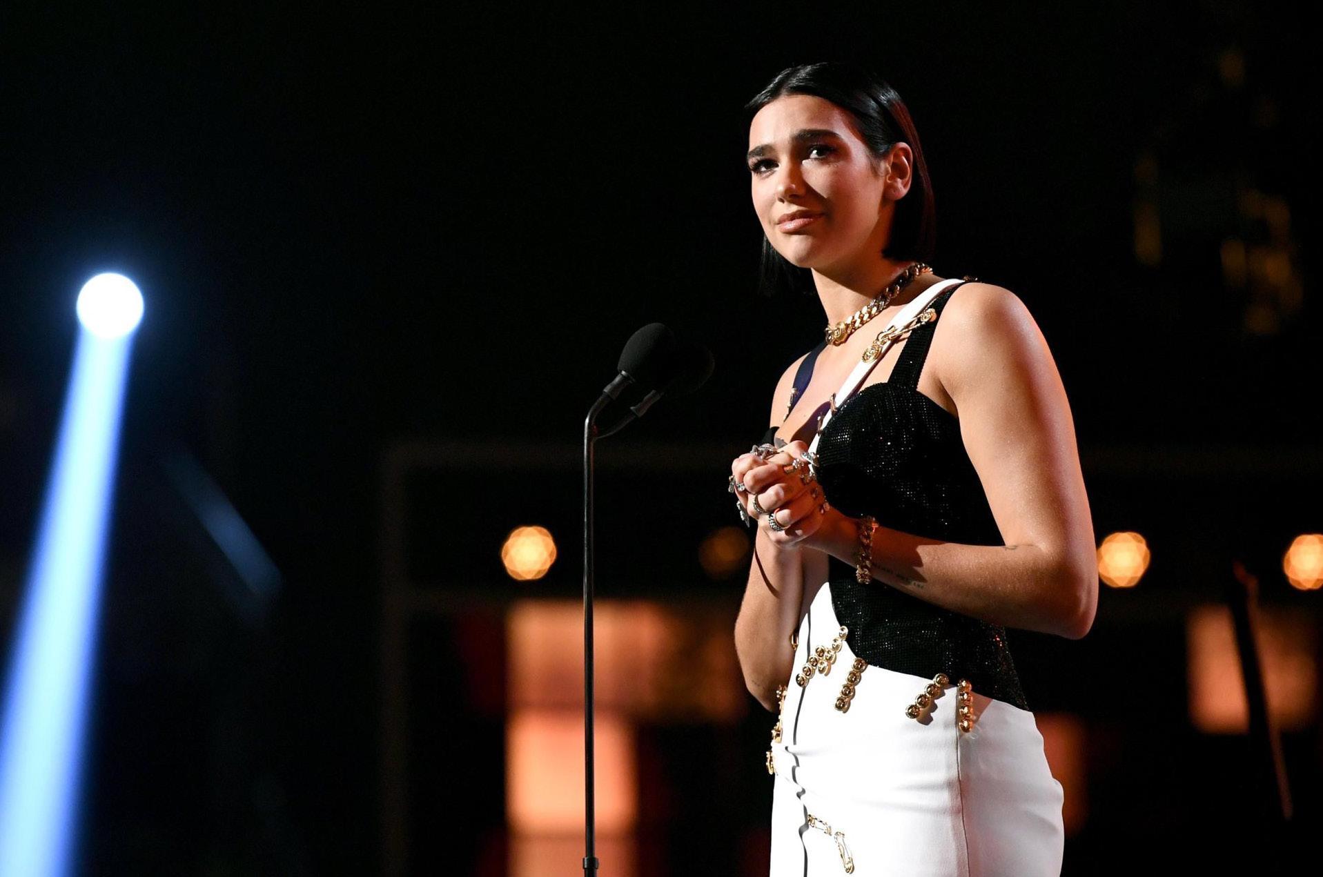 Dua Lipa ganó el premio a Mejor artista nuevo