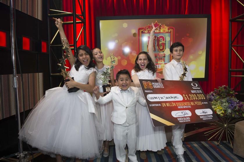 Giovani y los Sacachispas ganadores de Pequeños Gigantes 2019