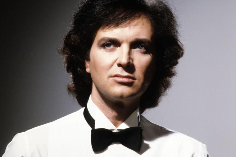 Muere Camilo Sesto, el ídolo español de la canción romántica a los 72 años