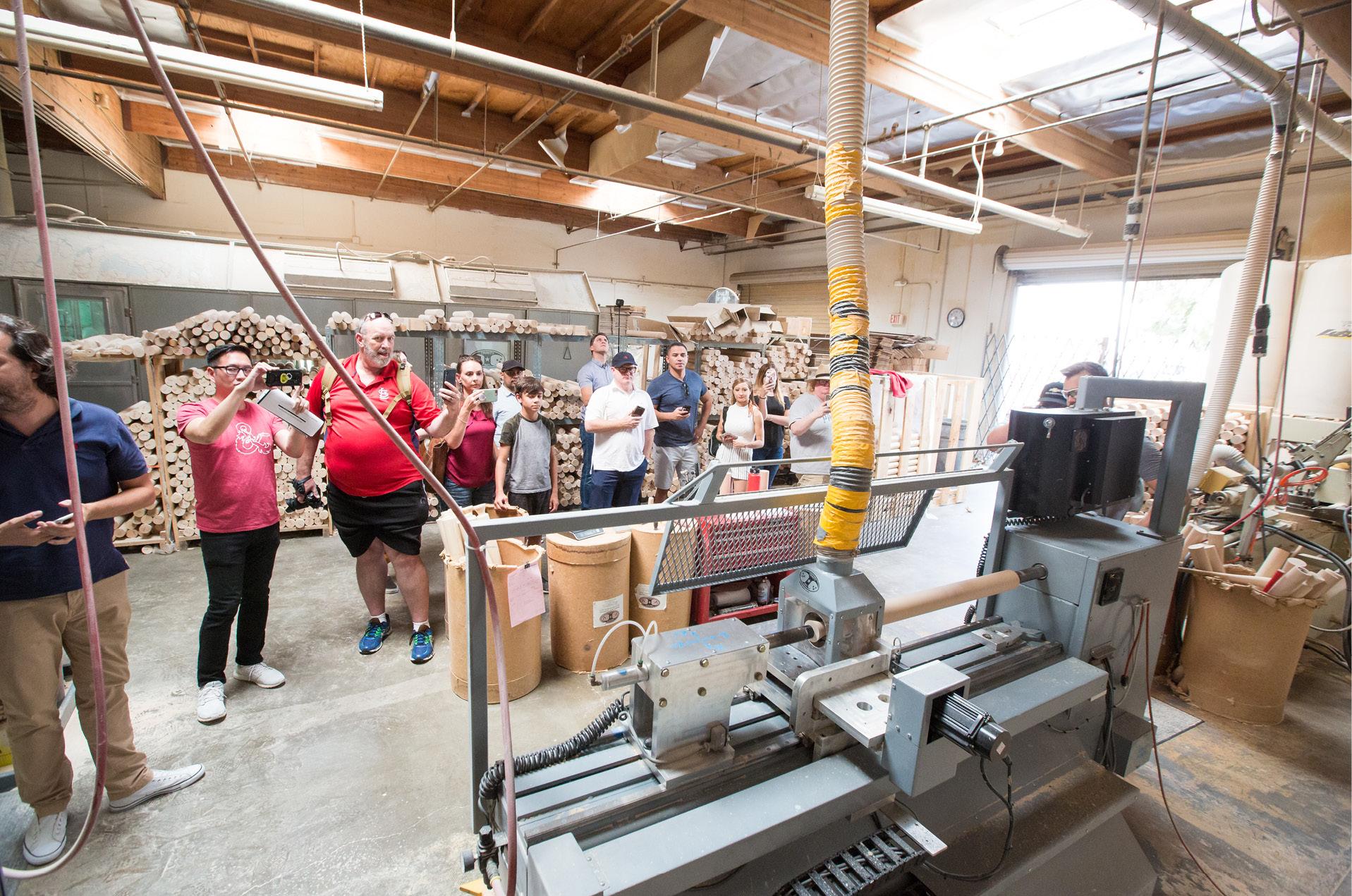 Experiencia de bateo y visita a la fábrica de bats