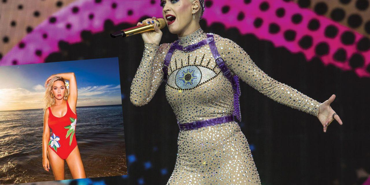 Celebra Katy Perry sus 35 años en traje de baño