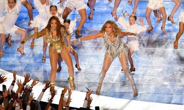 ¡Shakira y Jennifer López encienden el medio tiempo del Super Bowl!