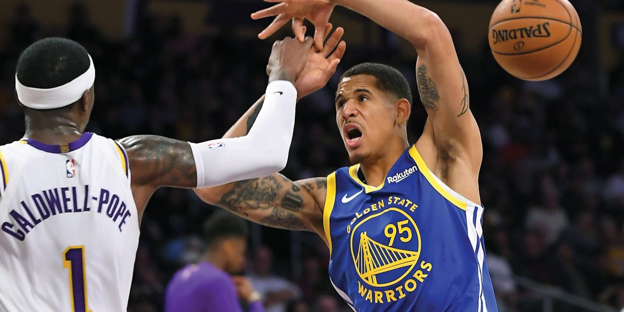 Juan Toscano hizo su debut en la NBA en derrota de Warriors