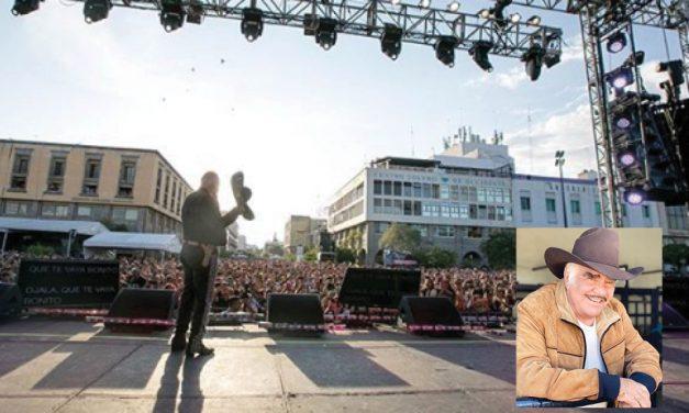 Vicente Fernández festeja su cumpleaños 80