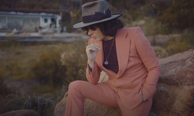 Enrique Bunbury presenta su nuevo video «Los Términos de mi Rendición»
