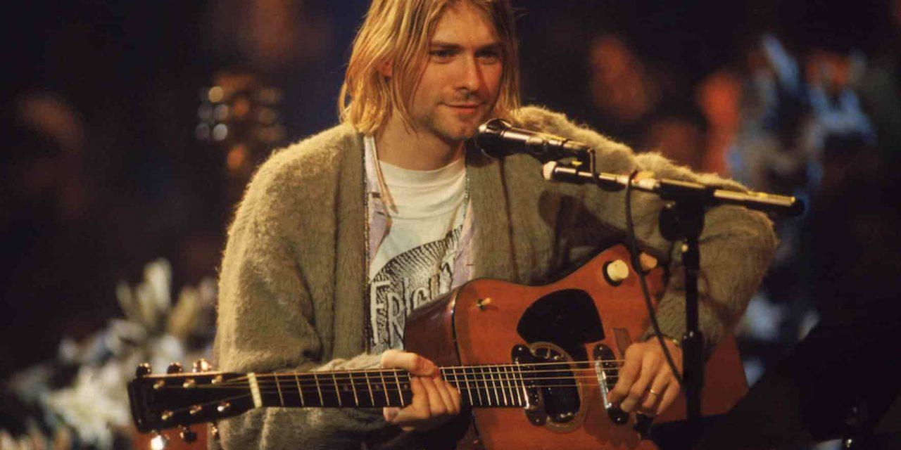 Guitarra de Kurt Cobain es subastada en 6 mdd