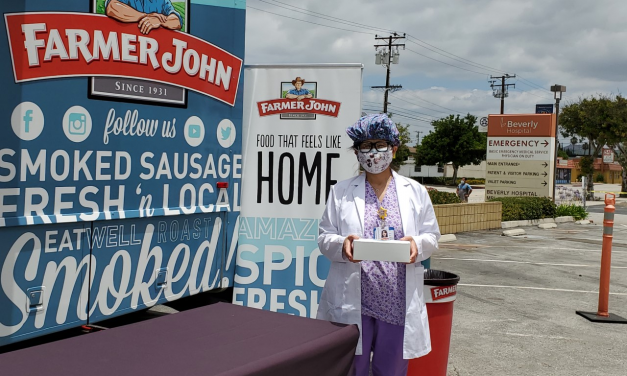 """Farmer John Arranca el """"Thank You Tour"""" para Brindar Un Millón de Hot Dogs a Trabajadores Esenciales del Área de Los Ángeles"""