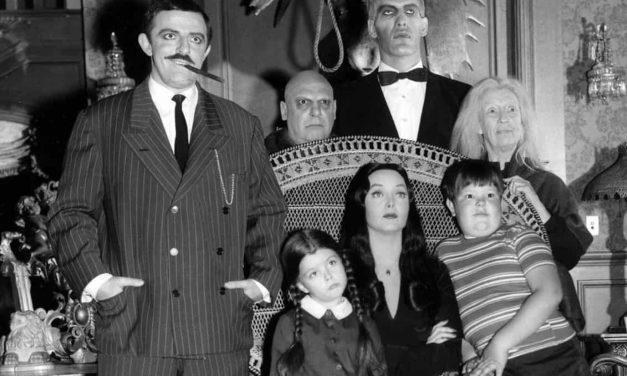 Tim Burton revivirá La Familia Adams