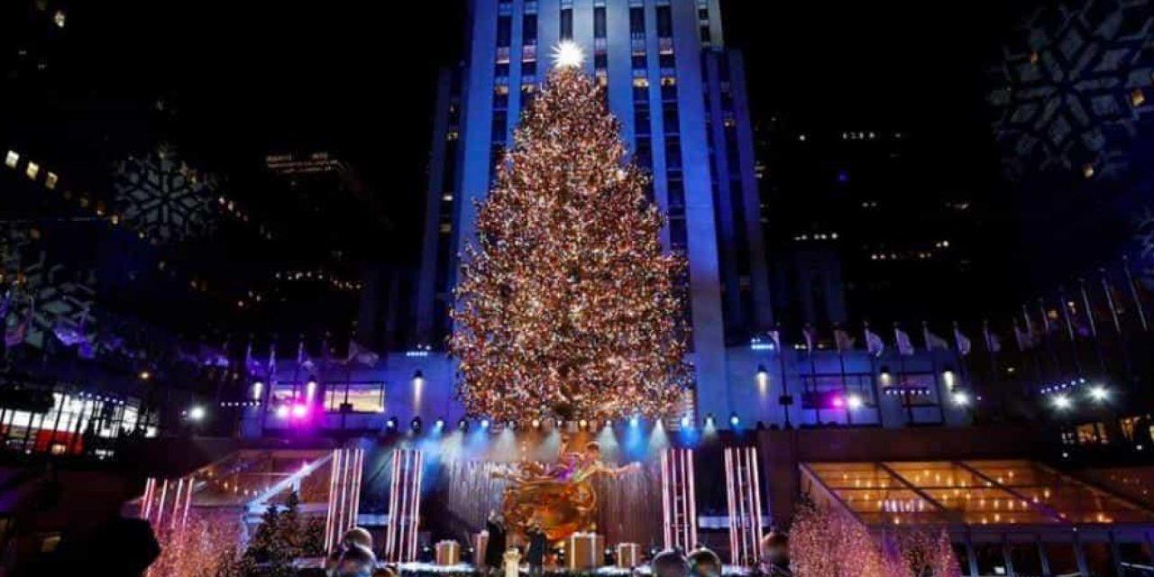 Encienden árbol de navidad del Rockefeller Center