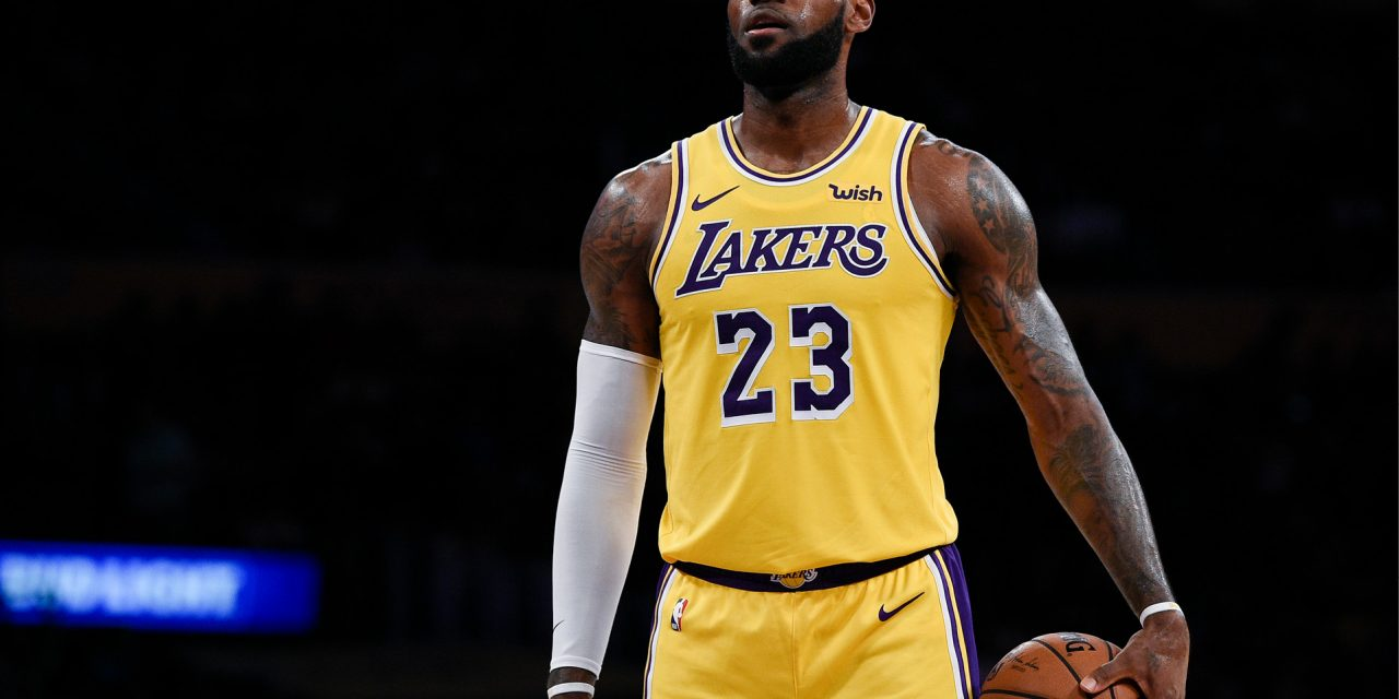 LeBron seguirá con Lakers hasta 2023