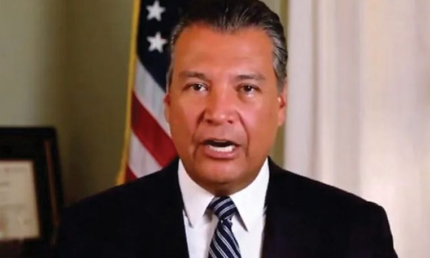 Alex Padilla, ocupará el lugar de Harris en el Senado