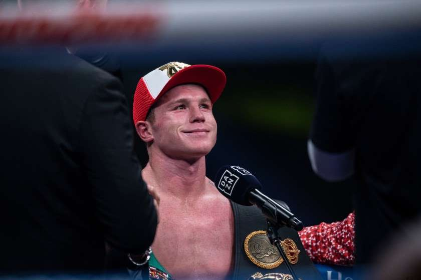 Canelo Álvarez confirma pelea para el 27 de febrero en Miami